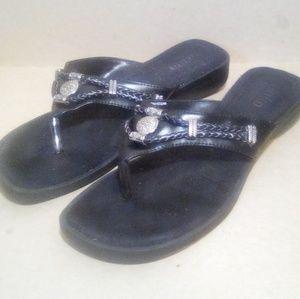 Black Leather Rialto 'Cezar' T-Style Sandals